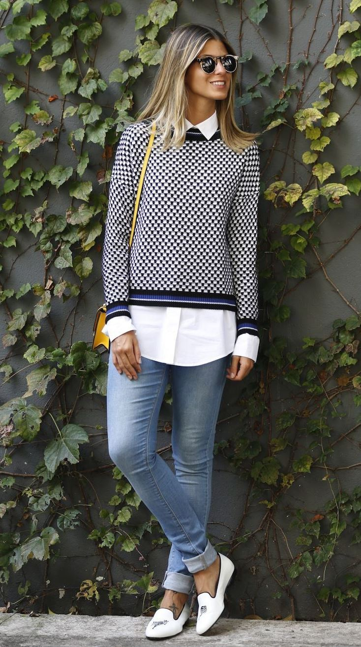 best office outfit idea / sweater + white shirt + yellow bag + skinnies + white loafers