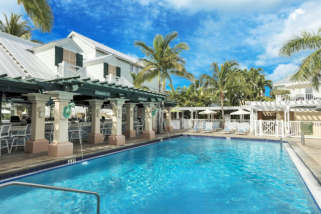 Southernmost Beach Resort in Key West is blending history with contemporary coastal décor. Take in the magical atmosphere of Southernmost from the guest room of an elegantly restored, turn-of-the-century Victorian home featuring a king bed and vintage-inspired bathroom.