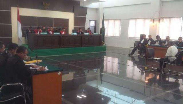 Maksa, Jaksa Tuntut Buni Yani 2 Tahun Penjara dan Denda Rp 100 Juta
