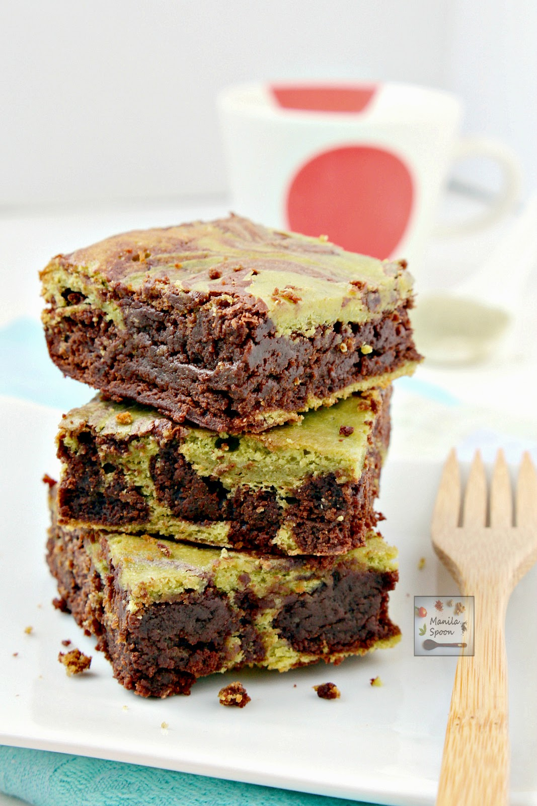 Matcha Green Tea provides a lovely contrast of flavors and colors in this delicious and fudgy brownies.
