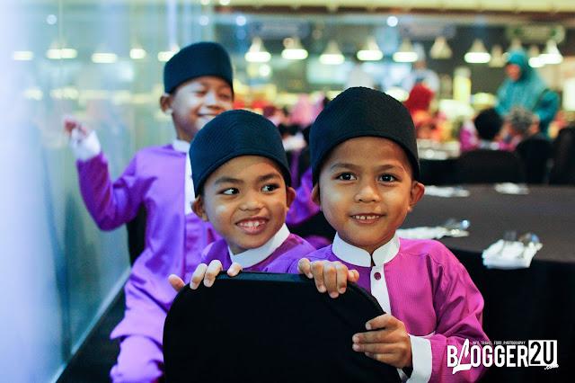 Anak-anak yatim dari Pusat Jagaan Kasih Murni, Taman Keramat, Kuala Lumpur.