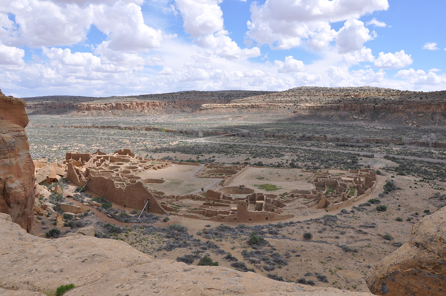 Radiocarbon dating and DNA show ancient Puebloan leadership in the maternal line