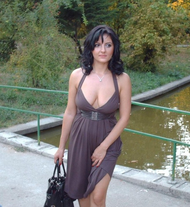 Посмотреть домашнее фотки грузинки тамари в одежде