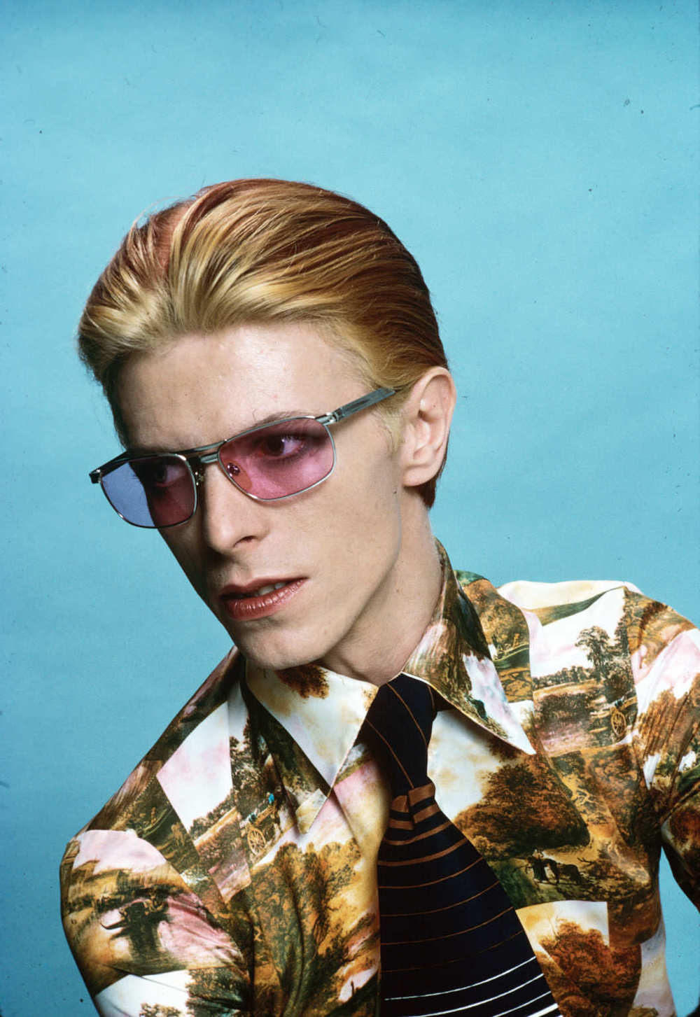 55 Rare Photographs of David Bowie You May Not Have Seen