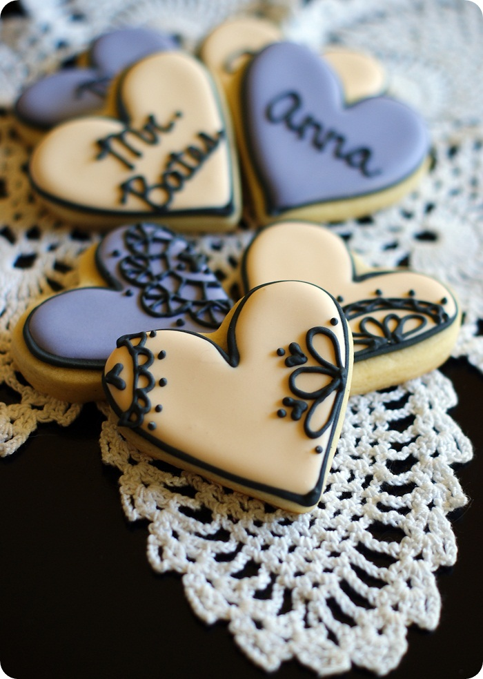 lace downton abbey decorated cookies