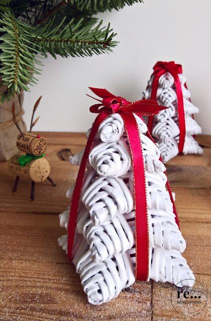 christmas tree, christmas decorations, wicker paper, choinka, papierowa wiklina, dekoracje świąteczne