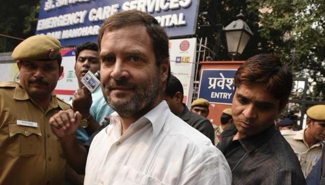 Kejriwal And Rahul Gandhi Detained Due To OROP Suicide In Delhi