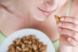 Warns of liver cancer when eating peanuts germination