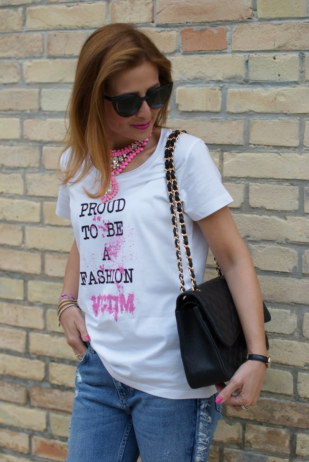T-shirt TSoF CREW rosa e borsa Chanel 2.55 on Fashion and Cookies fashion blog, fashion blogger style
