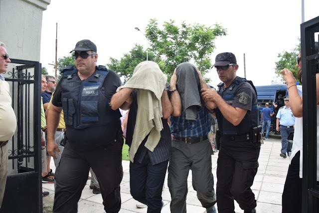 Γιατί η Ελλάδα δεν πρέπει να παραδώσει τους Τούρκους αξιωματικούς στα χέρια του Ερντογάν