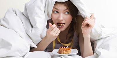 Image result for makan lewat malam