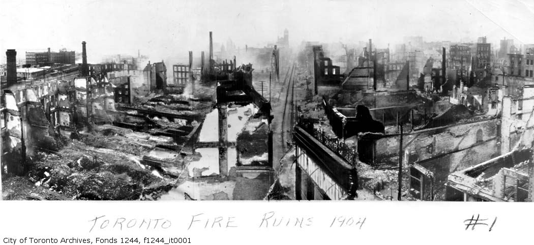 Toronto Fire of 1904: Looking west from Yonge along Front.