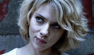 Lucy y la Transmisión Universal del Conocimiento