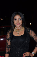 Sakshi Agarwal looks stunning in all black gown at 64th Jio Filmfare Awards South ~  Exclusive 104.JPG
