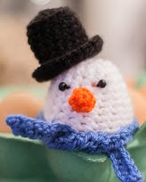 http://translate.googleusercontent.com/translate_c?depth=1&hl=es&rurl=translate.google.es&sl=en&tl=es&u=http://www.loopsan.com/crochet/snowman-egg-cosy-free-pattern/&usg=ALkJrhg3eqbi4pcL1dtdr4PAJrEjhWjv_w