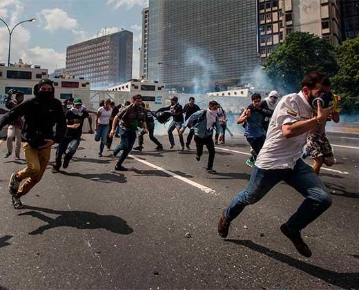 Cinco víctimas mortales y más de 300 detenidos han dejado las protestas desde el 04 de abril