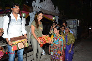 Actress Sri reddy (apthatrust director) Distrubuted Blankets for Orphans at Sai Baba Temple  0032.JPG