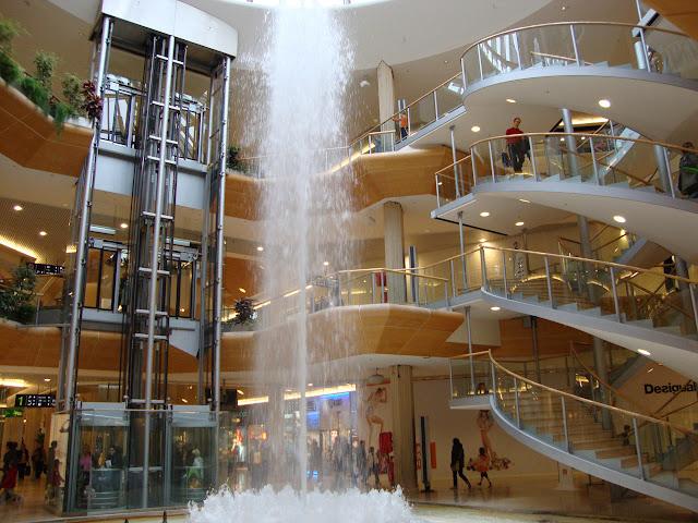 La Part-Dieu Shopping em Lyon