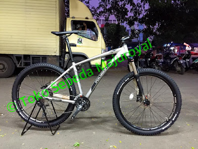 "2016 Polygon Xtrada 6.0 gs Deore 10speed 27,5"" Terbaru"