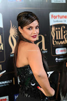 Glamorous Actress Neetu Chandra in Black dress at IIFA Utsavam Awards 2017  HD Exclusive Pics 34.JPG