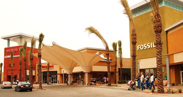 Las Vegas Premium Outlets no centro de Las Vegas