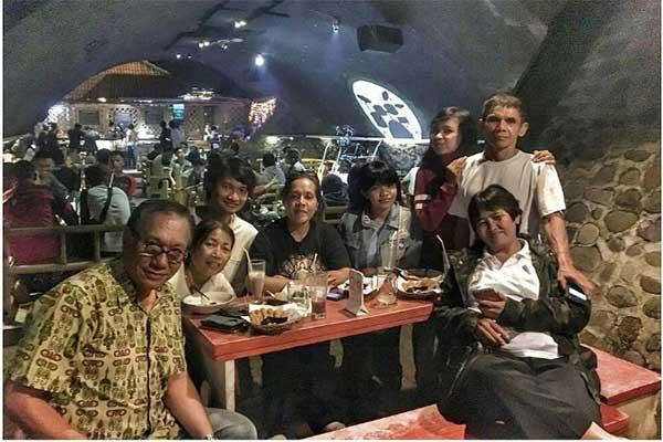 Reuni di Kafe Kolong