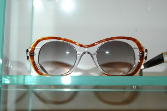 7c1128ea4e White Milan trends sunglasses Mafalda 86