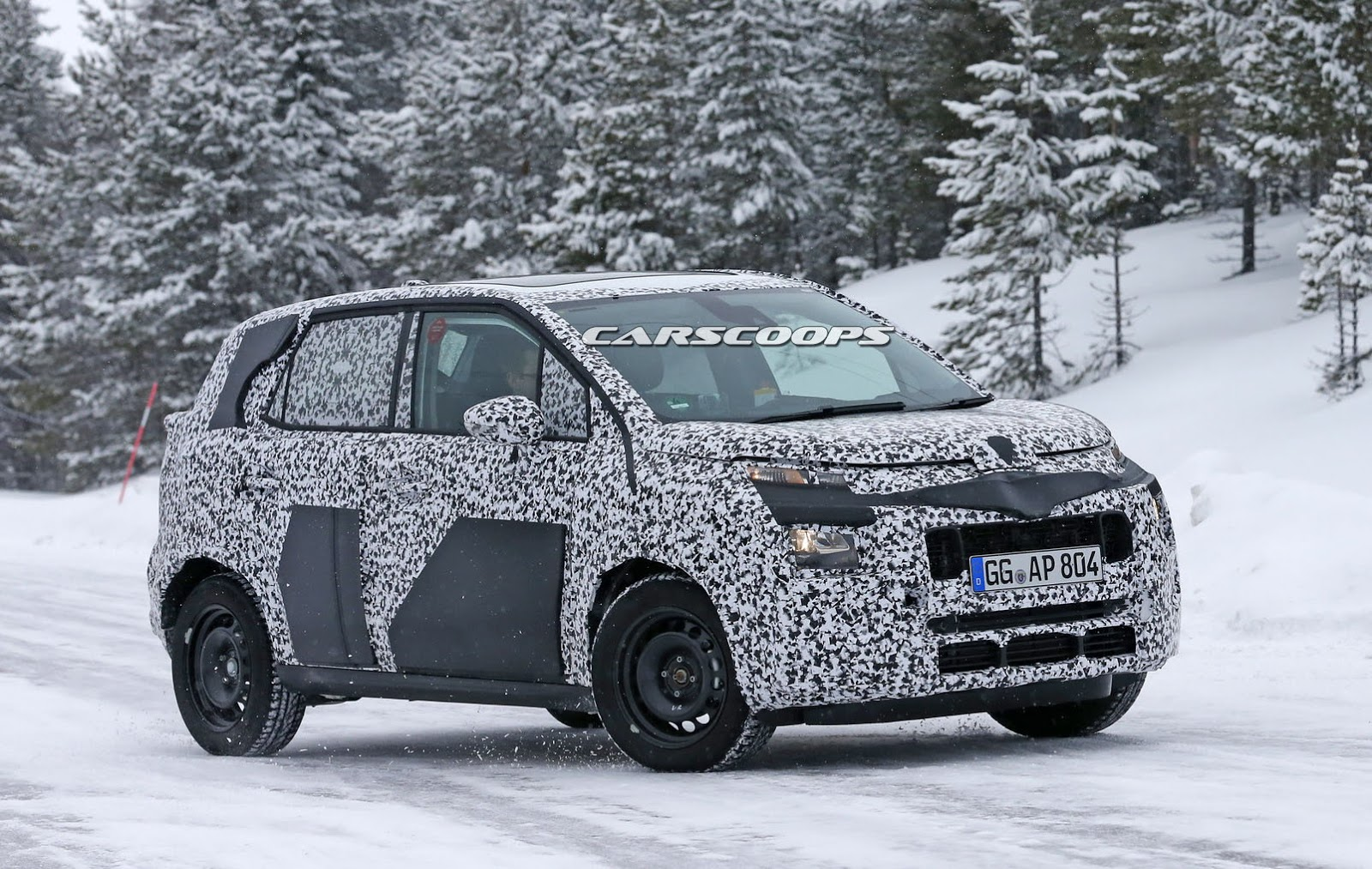 next citroen c3 picasso spotted front likely inspired. Black Bedroom Furniture Sets. Home Design Ideas