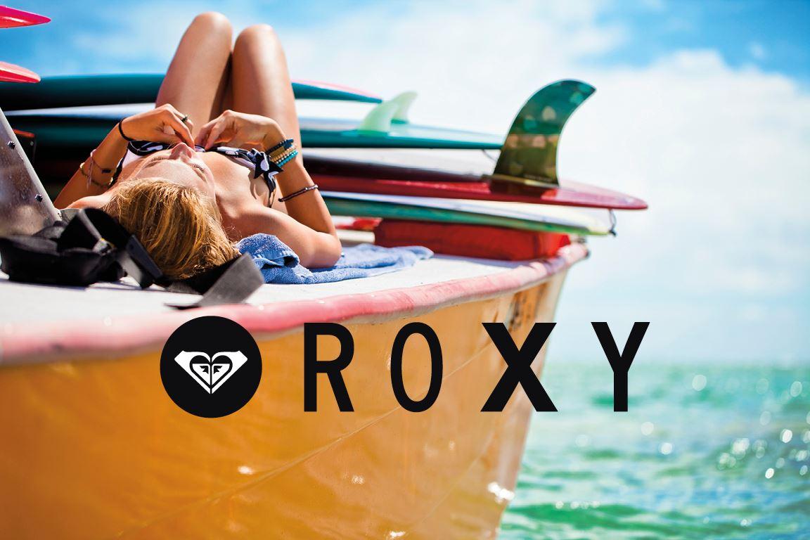 6d3acd45ce967 Roxy es la línea de moda femenina de la marca Quicksilver. Es una marca de  ropa de surf