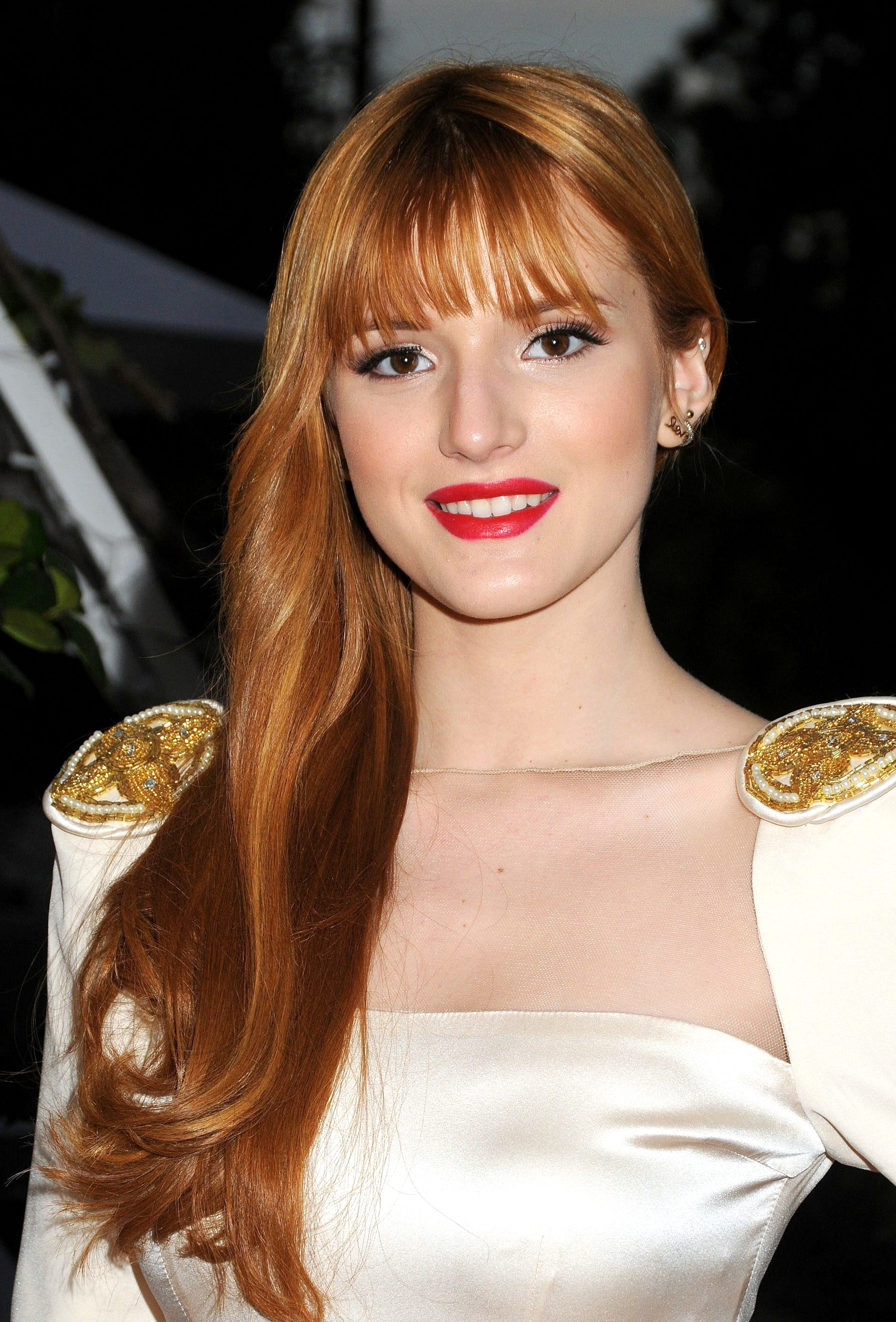 Bella Thorne pictures gallery (71) | Film Actresses