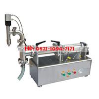 Liquid Fiston Filler (mesin pengiris cairan ke botol)
