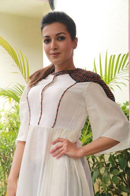 Catherine Tresa Stills At Kalakalappu 2 Press Meet