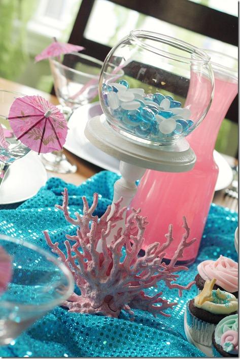 mermaid party ideas design dazzle. Black Bedroom Furniture Sets. Home Design Ideas