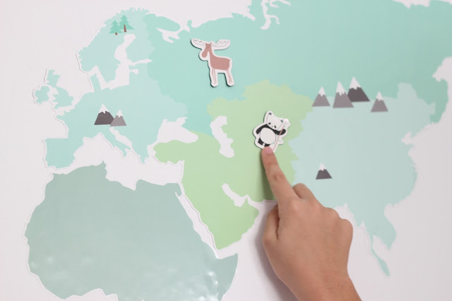photo-sotrene_grene-mapa-mundo-pared-niños-deco-imagen-animales