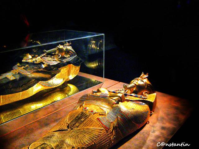 Tutankhamon - Sarcofagul mijlociu