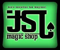 Ufo Card magic