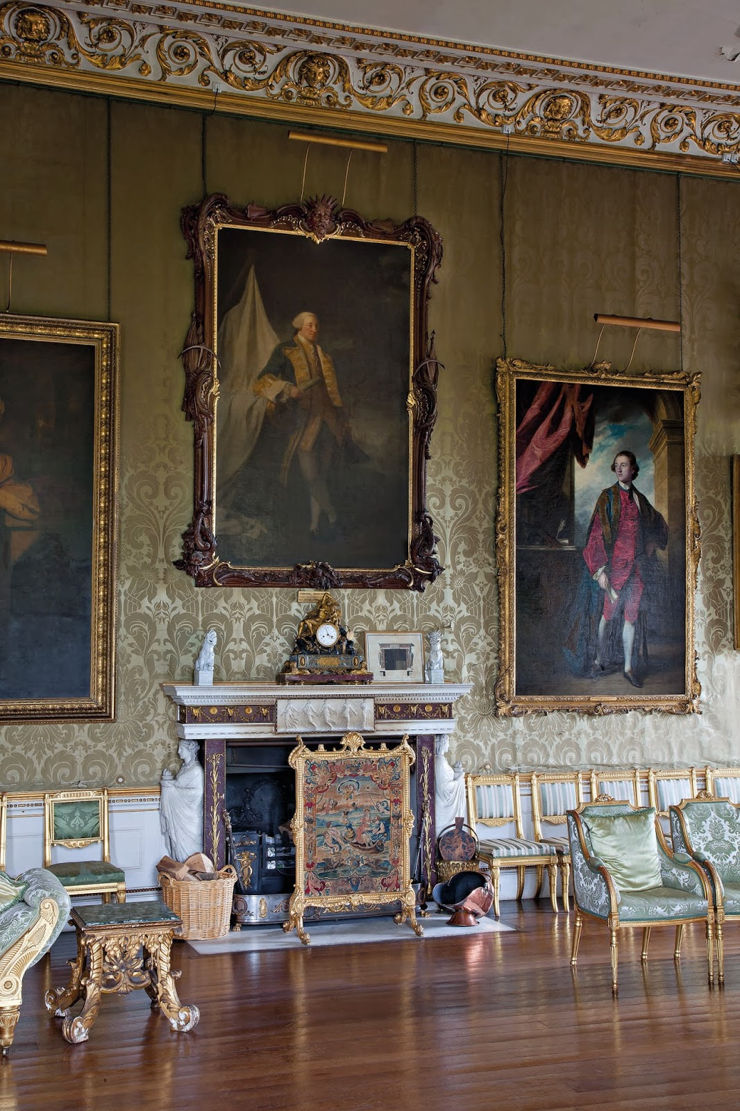 English Country House Drawing Rooms: Little Augury: The British Are Coming
