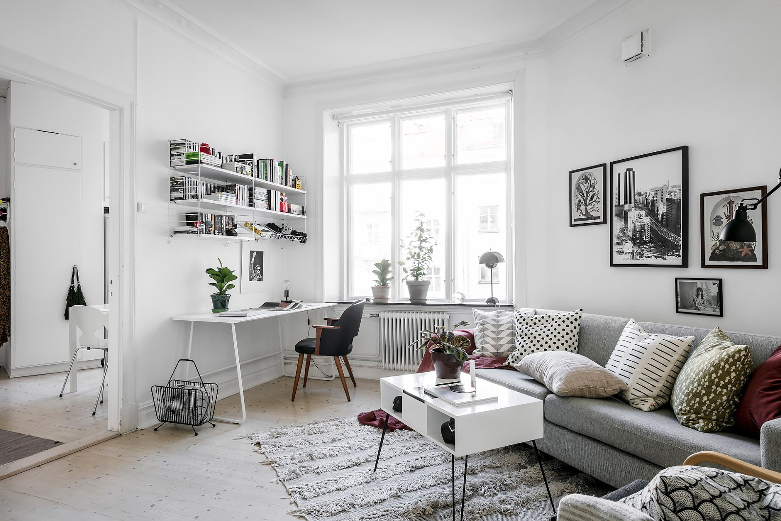 Little swedish interior, string shelf, jacobsen ant chair in white