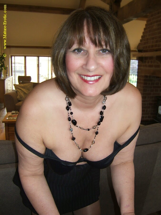 Sexy Older Women Uk