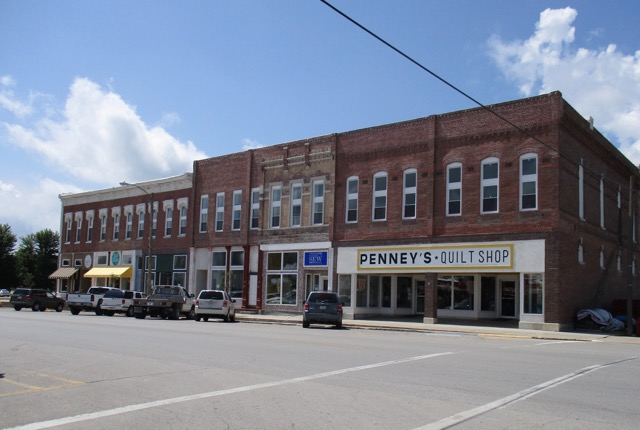 Wyoming Breezes: Missouri Star Quilt Company : quilt shop hamilton mo - Adamdwight.com