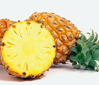 Buah nanas sangat baik untuk mengobati rasa penuh dilambung pada penyakit maag Kandungan Gizi dan 10 Ramuan Bermanfaat Buah Nanas