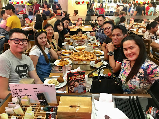 Dinner at Shakeys at Venice Grand Canal Mall