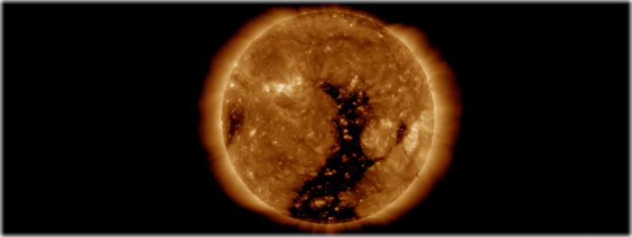 rajada de vento solar está atingindo a Terra