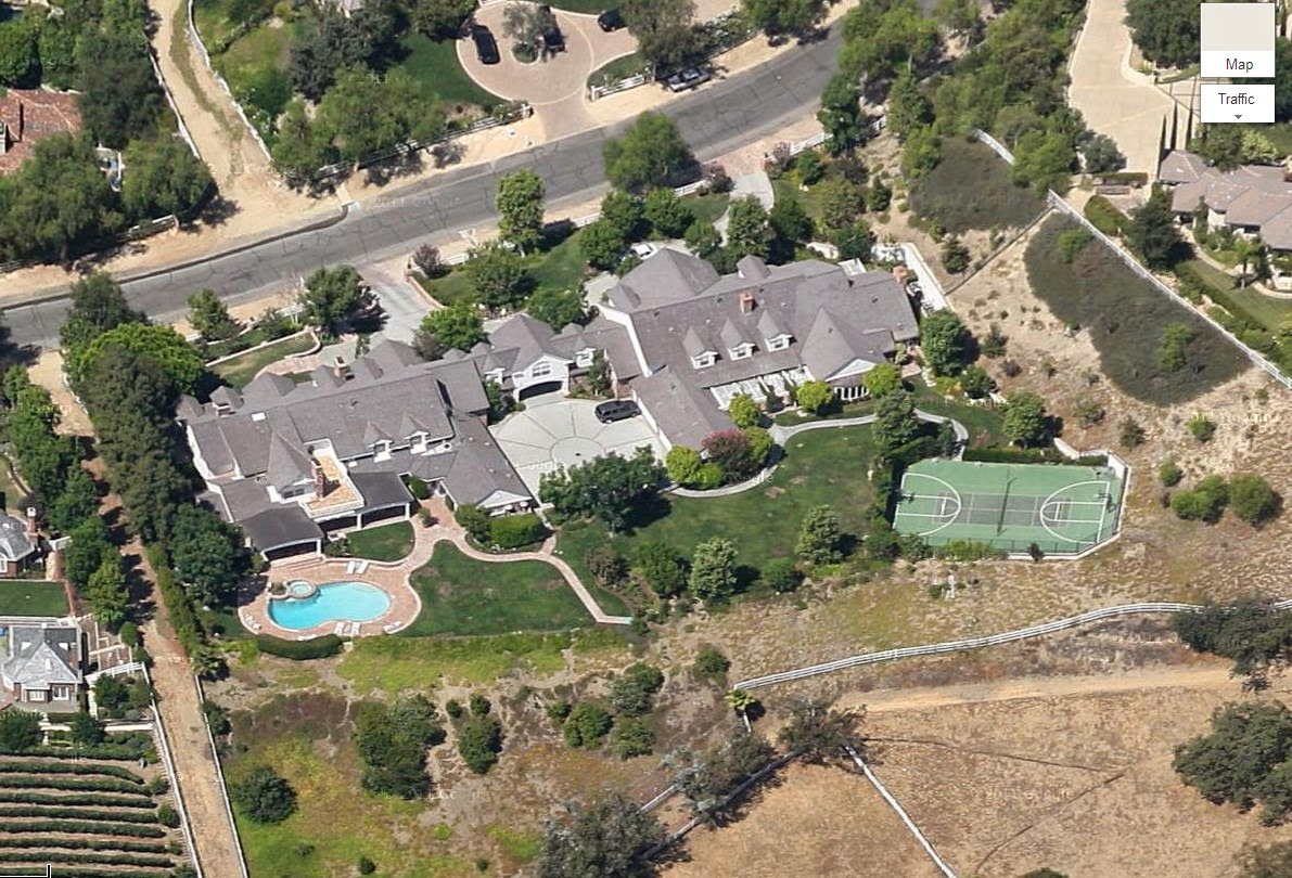 Celeb R E Marc Anthony Settles Down In Encino S Amestoy
