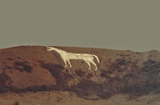 Αγγλία: Το μυστήριο του λευκού αλόγου