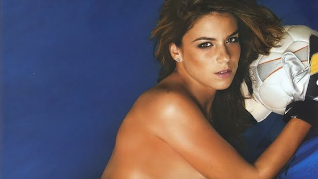 Sexy Women Footballers - Laisa Andrioli