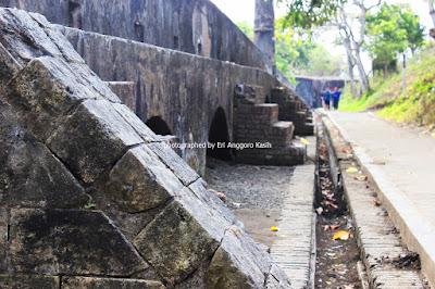 Benteng pertahanan di Benteng Pendem Cilacap.