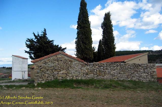 arroyo-cerezo-castielfabib-cementerio