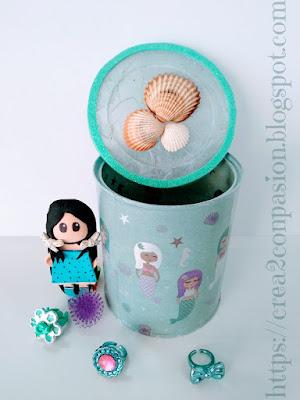Lata-reciclada-con-decoupage-de-sirenas-y-conchas-Crea2-con-Pasión