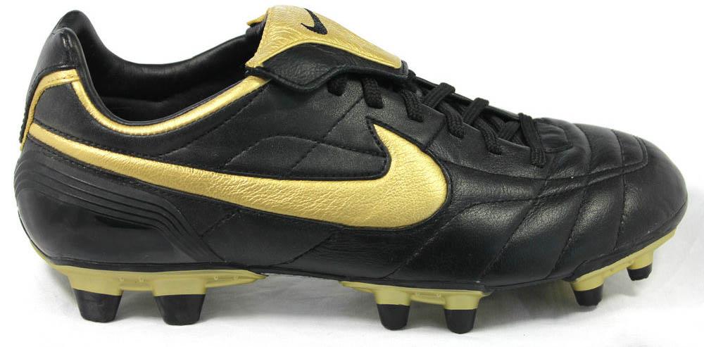 c39756a0cd3 good nike tiempo legend ronaldinho boots for sale 74f05 cf95d